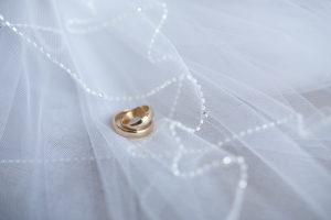 white-rings-decoration-macro