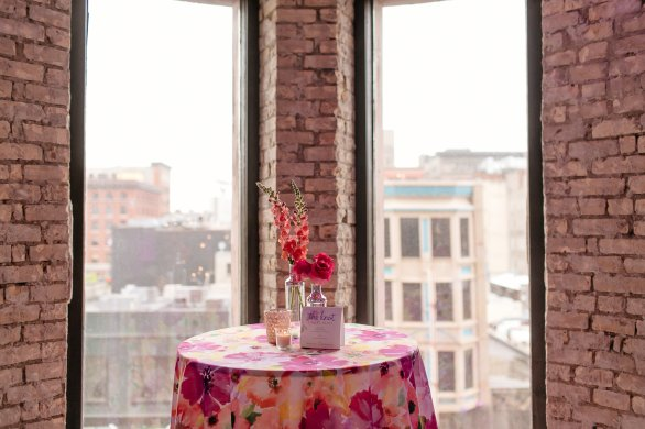View More: http://leahfontaine.pass.us/the-knot-cocktailmixer