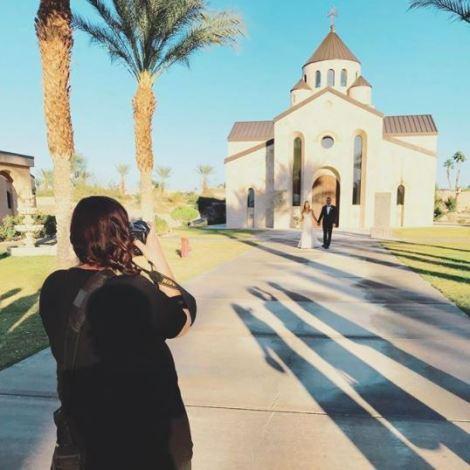 wedding photographer bts